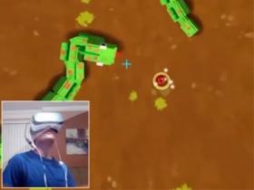 用 Gear VR 玩貪食蛇,這樣脖子不會扭傷嗎?
