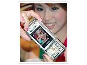 驚天動地!320 萬畫素 Samsung SPH-S2300