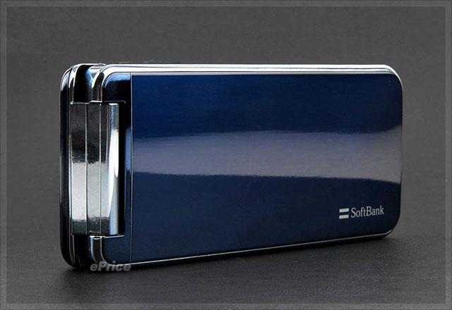 最薄防水手机 softbank 824sh 超美感登场